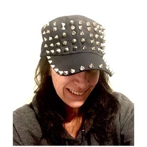 Accessories - Navy blue cap with silver spikes